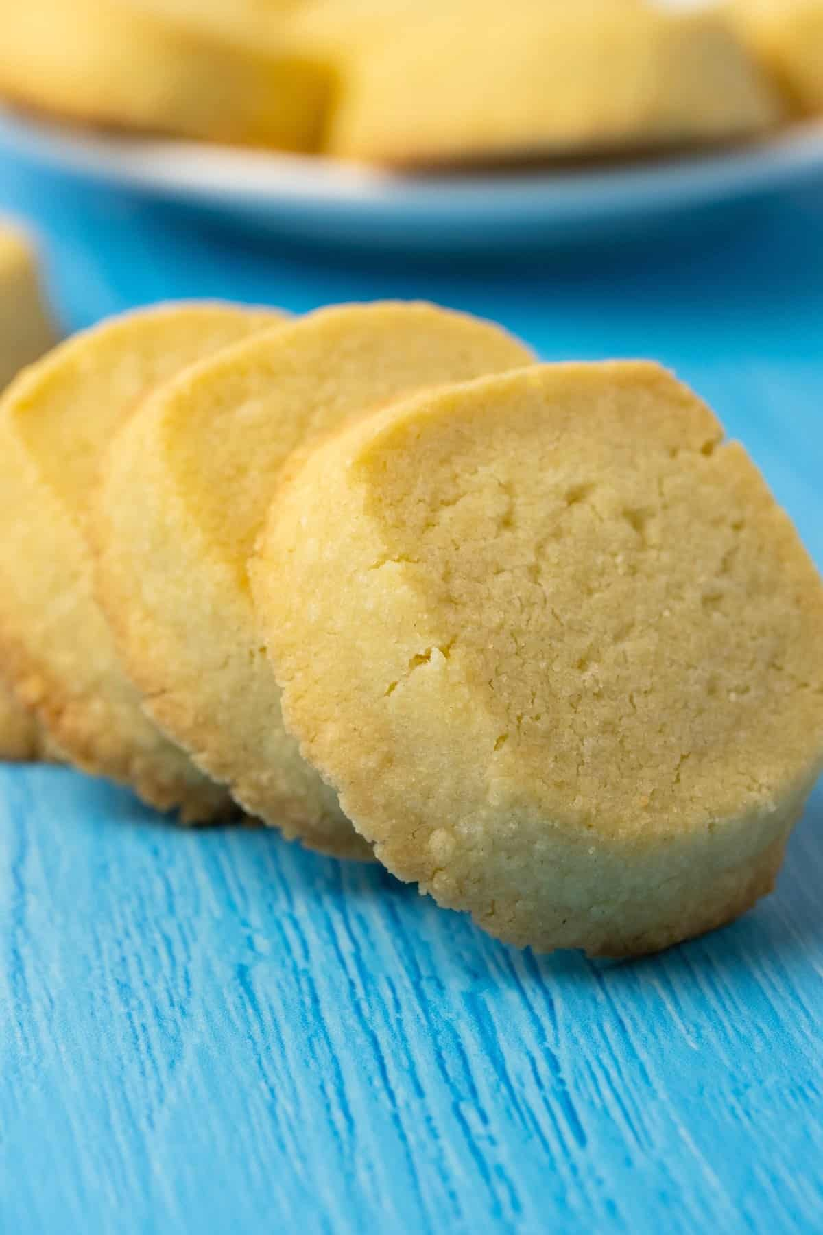Shortbread cookies in a row.