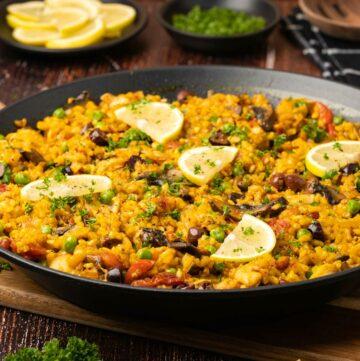 Vegetable paella
