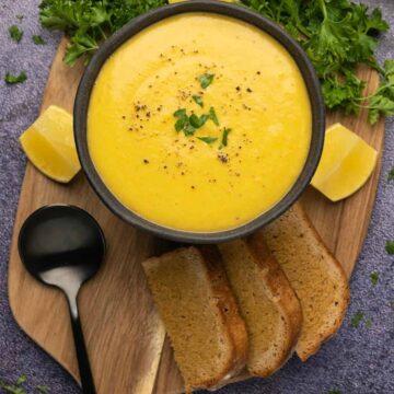 Middle eastern lentil soup