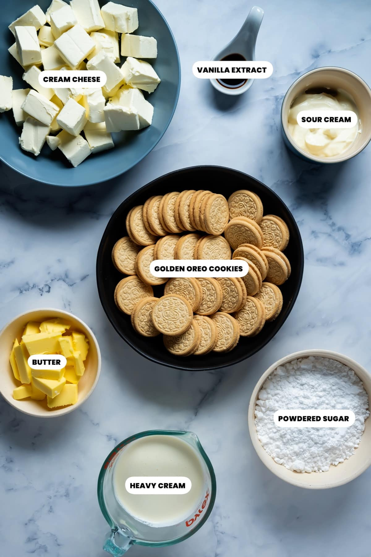 Photo of the ingredients needed to make golden oreo cheesecake.