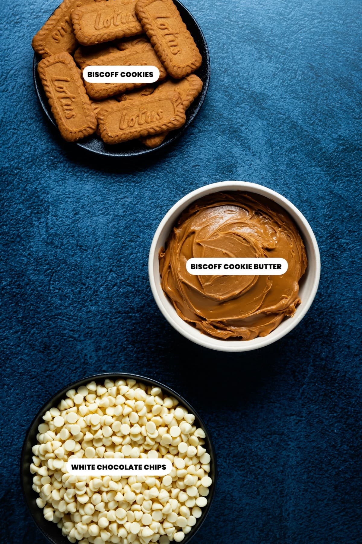 Photo of the ingredients needed to make biscoff fudge.