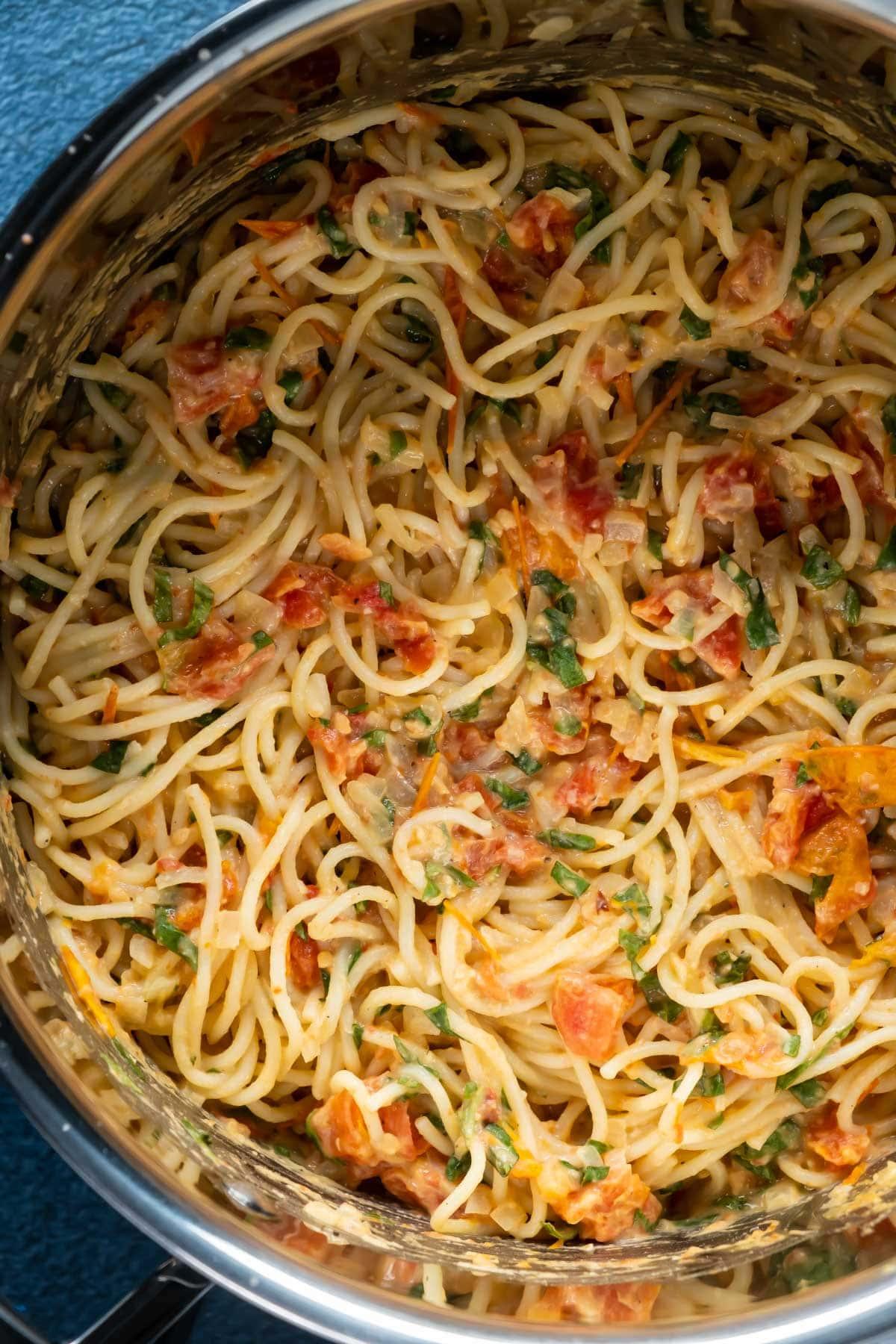 Hummus pasta in a pot.